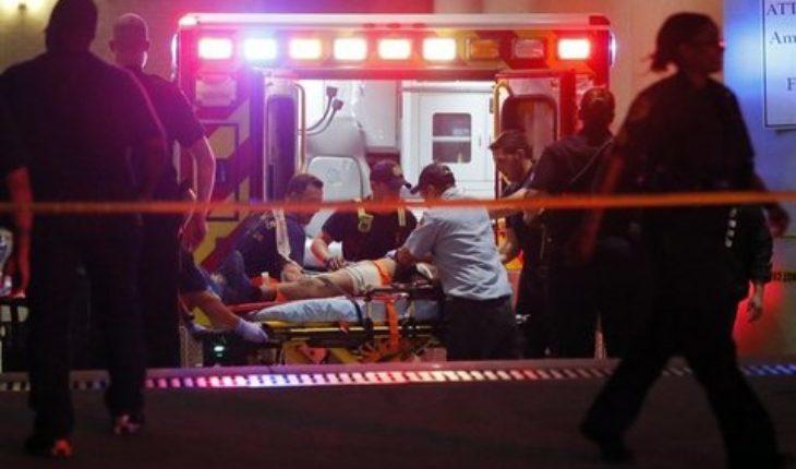 Spari a Dallas, la polizia risponde al fuoco dei cecchini
