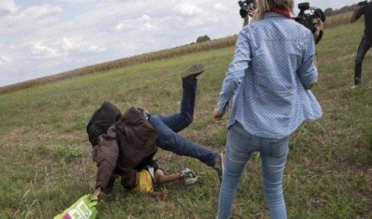 Petra Laszlo la cameraman ungherese, condannata per lo sgambetto