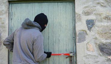 Latina, giovani scambiati per ladri e presi a fucilate, erano in macchina a Lenola