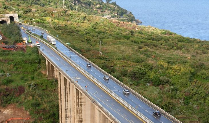 Autostrada A3, incidente a Laino Borgo: 2 morti, tra cui un bambino