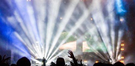 Rave party fatale per un 21enne in riva al Ticino, muore annegato sotto occhi fidanzata